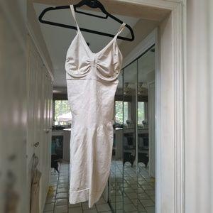 Spanx dress shapewear Size large